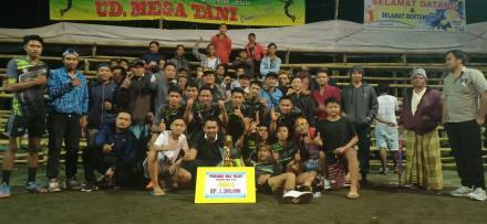 Tim Bola Voli Aligator Desa Mengening Menjadi Runner Up